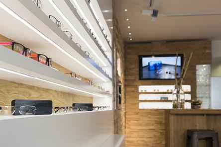 Große Brillen-Auswahl bei Optik Lang Schönberg