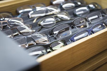 Brillenfassungen von Optik Lang Schönberg