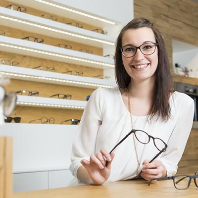 Vanessa Miedl Augenoptikerin bei Optik Lang Schönberg